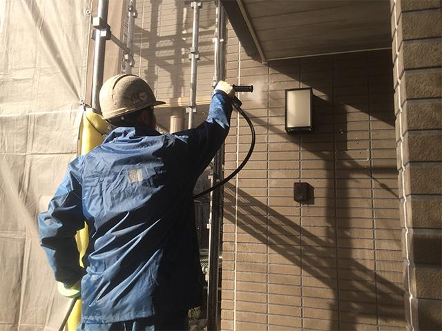岡山市中区 K様邸 屋根・外壁塗り替え工事施工中