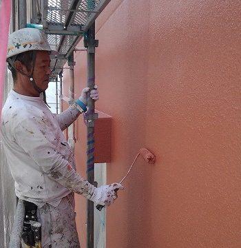 塗装施工中
