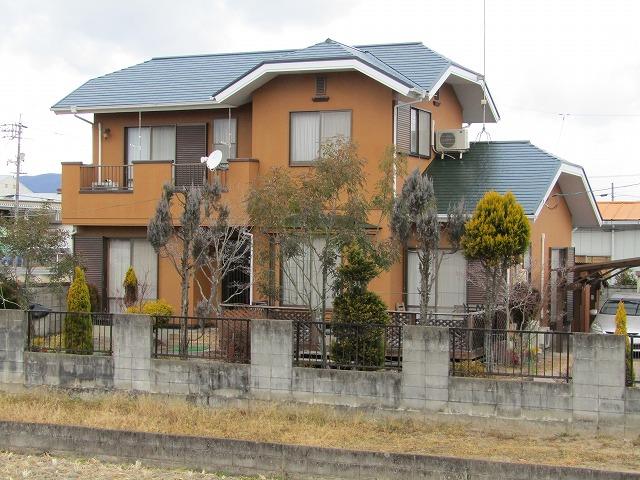 倉敷市清音 屋根の塗装と破風はカバー工法で修理