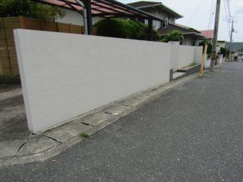 塗り替えた塀