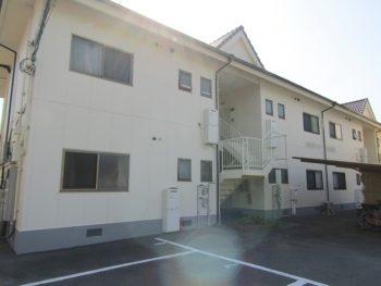 倉敷市連島でアパート外壁塗装、ひび割れも目立たなくなりました