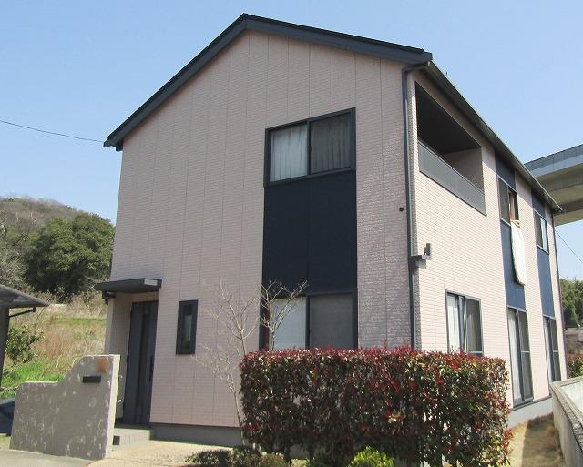 倉敷市で外壁塗装を石目調模様で!フッ素の屋根で汚れにくい!