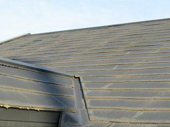 塗替え前の屋根