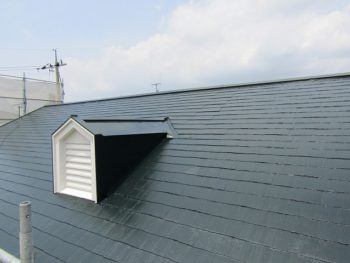 アパートの屋根完成