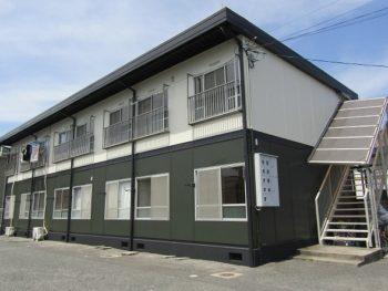 倉敷市で築40年以上のアパート塗装!カーキ色でかっこよく!
