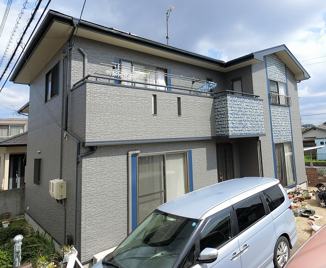 倉敷市 屋根外壁塗装、外壁はブルー色ダブルトーン仕上げで!