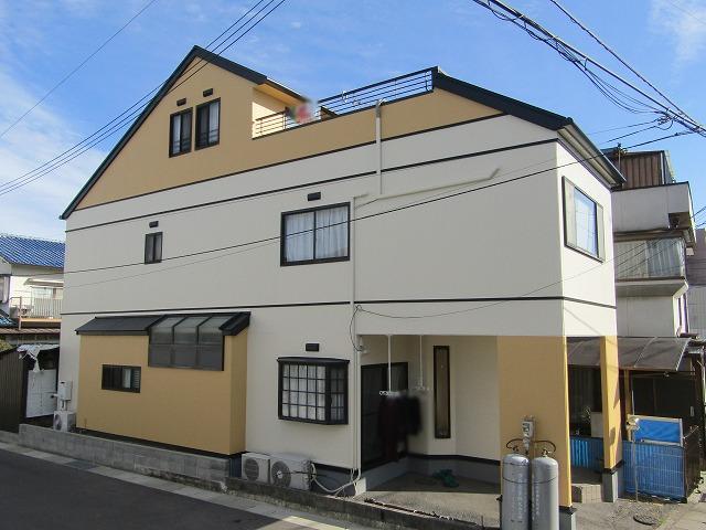 岡山市外壁・屋根塗装 雨漏りでサイディング一部張り替え工事も