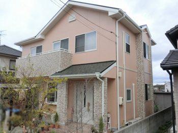 倉敷市 外壁はダブルトーンでタイル風に塗装、屋根は無機塗料で