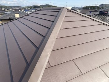 屋根のカバー工法完成