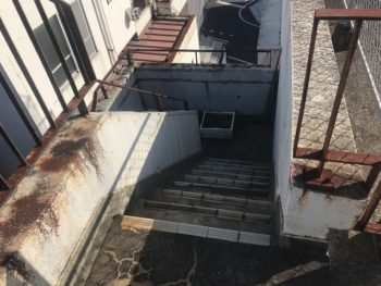 階段工事前