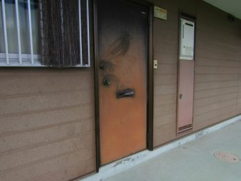ドア塗装前