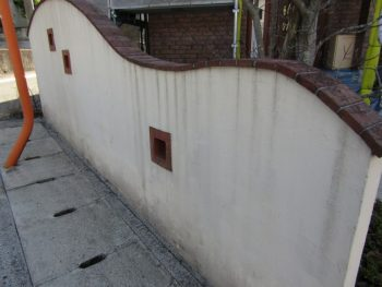 塀の塗装前