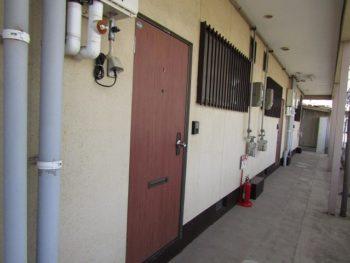 廊下の塗装前