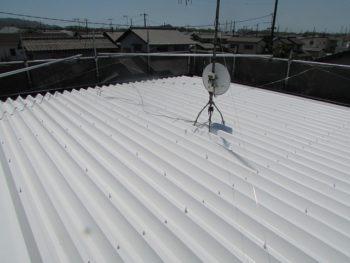 折半屋根の塗装完成