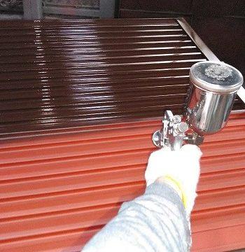 雨戸の吹き付け塗装