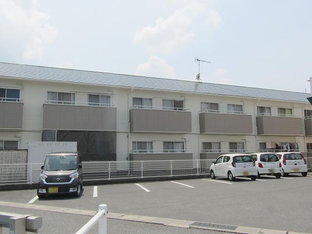 倉敷市水島のアパート屋根・外壁塗装工事 通路の側溝は防水