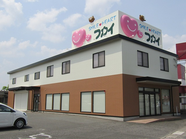 倉敷 事務所塗装 高級感ある石目調模様多彩色吹き付けです!